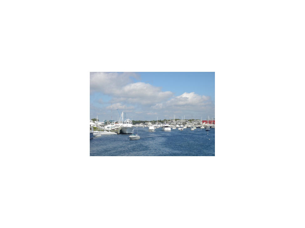 cape-cod-falmouth-seasonal-boating-in-falmouth-harbour