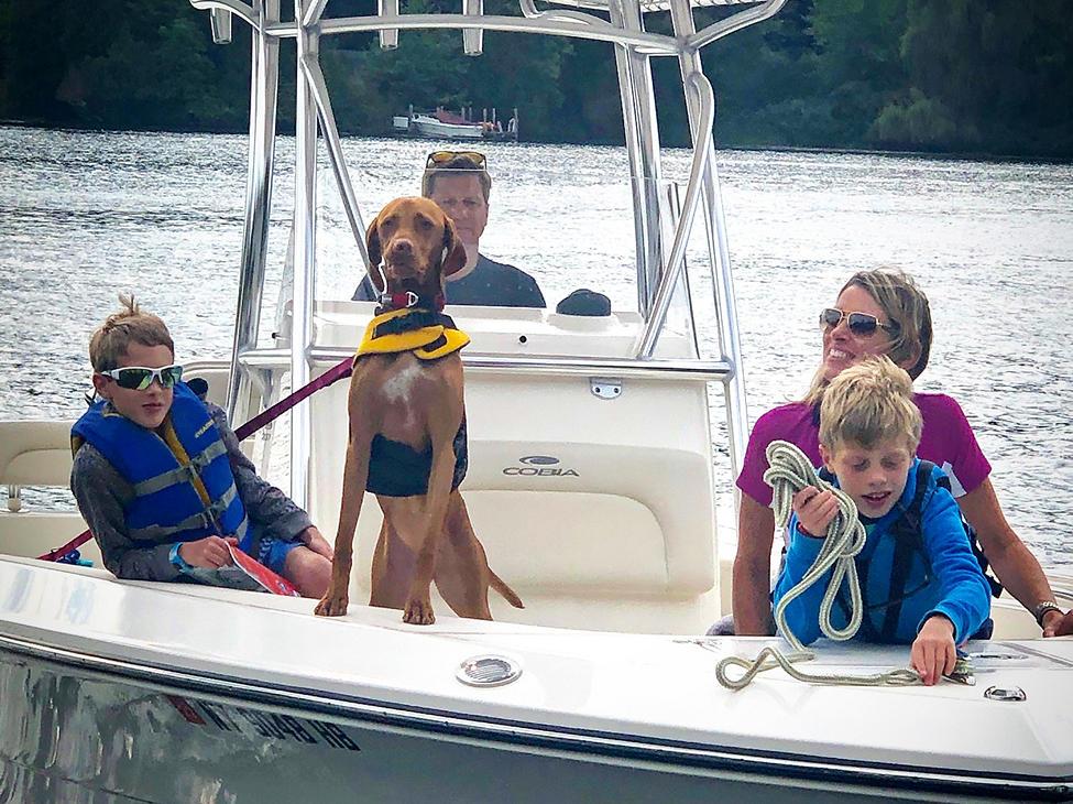 family&dog-on-cobia