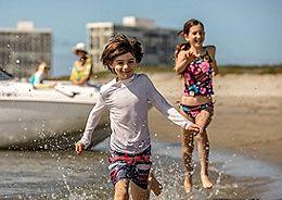 kids beach running