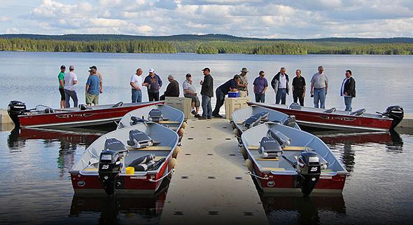 ln-lund-life-boat-fish-blog-camps-and-resorts-lloyd03