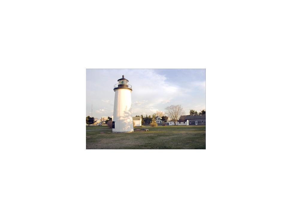 newburyport-newburyport-harbor-lighthouse