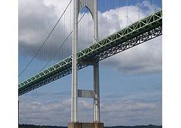 newport-the-famous-newport-harbor-bridge