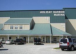 perdido-key-freedom-boat-club-offices-holiday-harbor-marina