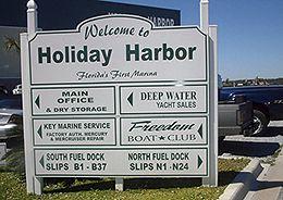 perdido-key-holiday-harbor-marina-sign