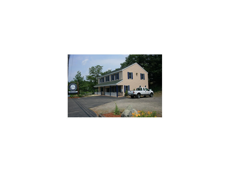 portsmouth-nh-the-clubhouse-at-the-freedom-boat-club-in-portsmouth-nh
