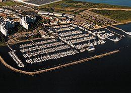 quincy-aerial-of-marina-bay