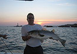quincy-boston-harbor-striped-bass-25-mako-walkaround