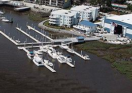 savannah-freedom-boat-club-docks-bahia-bleu-marina