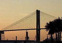 savannah-talmadge-memorial-bridge-over-the-savannah-river
