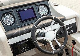Grand Mariner Simrad GO7 Dash