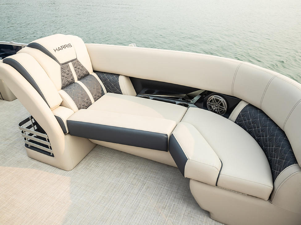 Grand Mariner Port Bow Lounger in French Gray