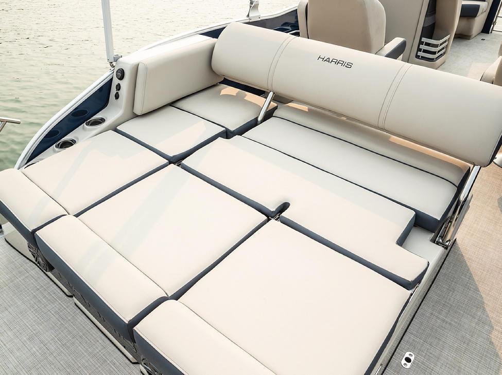 Grand Mariner SLDH Lounge Position
