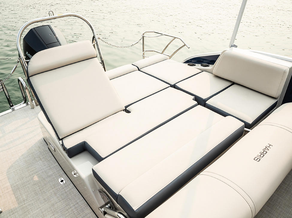 Grand Mariner Corner Cushion Backrest