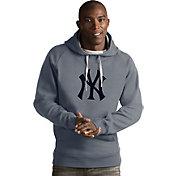 Antigua Men's New York Yankees Grey Victory Pullover