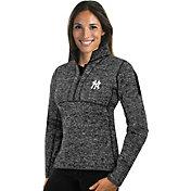 Antigua Women's New York Yankees Grey Fortune Half-Zip Pullover