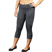 Champion Women's Plus Size Absolute SmoothTec Band Capris