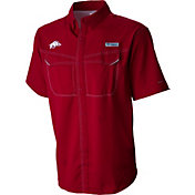 Columbia Men's Arkansas Razorbacks Cardinal Low Drag Offshore Performance Shirt