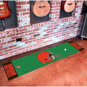 FANMATS Cleveland Browns Putting Mat