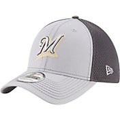 New Era Men's Milwaukee Brewers 39Thirty Grayed Out Grey Flex Hat