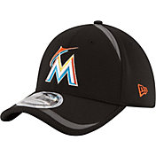 New Era Men's Miami Marlins 39Thirty Black Reflectaline Flex Hat