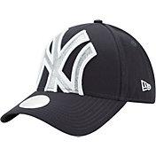 New Era Women's New York Yankees 9Forty Glitter Glam Adjustable Hat
