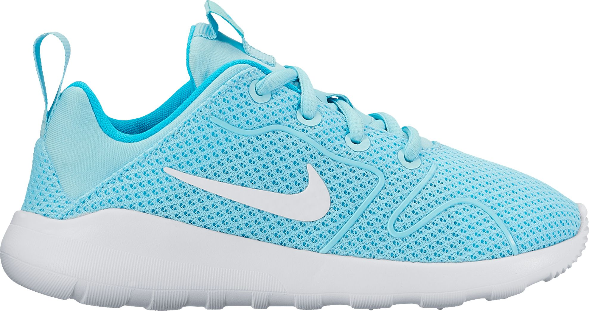 These awesome women's Nike Revolution 4 running shoes are constructed from lightweight, single-layer mesh. Their minimal design contains no-sew overlays and soft foam beneath the foot for a true comfort experience.