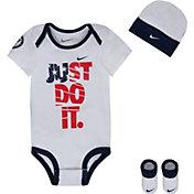 Nike Newborn Just Do It Bodysuit Set