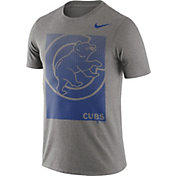 Nike Men's Chicago Cubs Grey Fade Logo T-Shirt