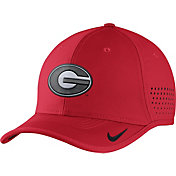 Nike Men's Georgia Bulldogs Red Vapor Sideline Coaches Hat