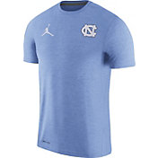 Jordan Men's North Carolina Tar Heels Carolina Blue Coach Football T-Shirt