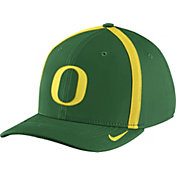 Nike Men's Oregon Ducks Apple Green Aerobill Swoosh Flex Classic99 Football Sideline Hat