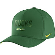 Nike Men's Oregon Ducks Apple Green Seasonal Swoosh Flex Classic99 Hat