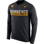 Nike Men's Iowa Hawkeyes Staff Sideline Black Long Sleeve Shirt