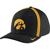 Nike Men's Iowa Hawkeyes Black Aerobill Swoosh Flex Classic99 Football Sideline Hat