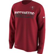 Nike Men's Tampa Bay Buccaneers Team Practice Performance Red Long Sleeve Shirt