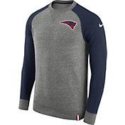 Nike Men's New England Patriots AW77 Carbon Heather Crew Top