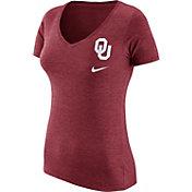 Nike Women's Oklahoma Sooners Crimson Flash Bomb Hook V-Neck T-Shirt