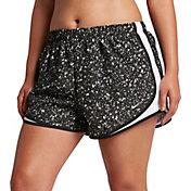 Nike Women's Plus Size 3'' Dry Tempo Gravity Printed Running Shorts