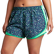 Nike Women's Plus Size 3'' Dry Tempo Gravity Printed Running Shorts