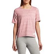 Nike Women's Sportswear Advance 15 T-Shirt