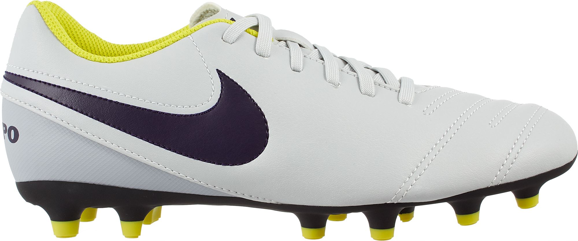 Nike Soccer Cleats & Shoes | DICK'S Sporting Goods
