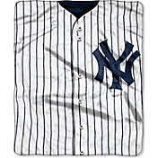 Northwest New York Yankees Jersey Raschel Throw Blanket