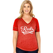 Soft As A Grape Women's Cincinnati Reds V-Neck Shirt - Plus Size