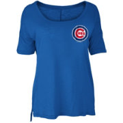 New Era Women's Chicago Cubs Scoop Neck Shirt