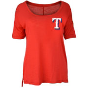 New Era Women's Texas Rangers Scoop Neck Shirt