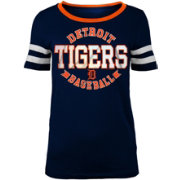 New Era Women's Detroit Tigers Scoop Neck Shirt