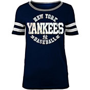 5th & Ocean Women's New York Yankees Scoop Neck Shirt