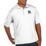 Antigua Men's New York Yankees White Pique Performance Polo