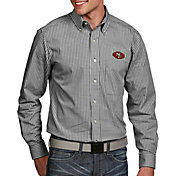 Antigua Men's San Francisco 49ers Associate Button Down Dress Shirt
