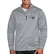 Antigua Men's New England Patriots Quick Snap Logo Silver Golf Jacket